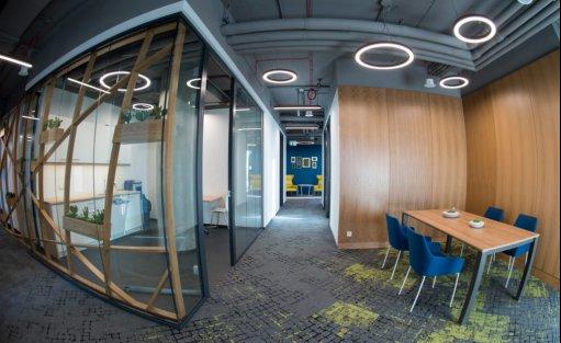 Centrum szkoleniowo-konferencyjne Centrum biznesowe Equator IV / 2