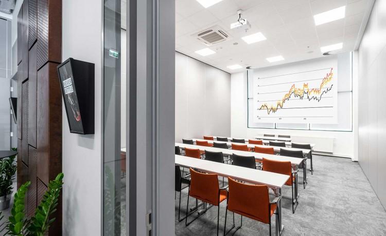 Centrum szkoleniowo-konferencyjne Centrum Konferencyjne WEST GATE / 1
