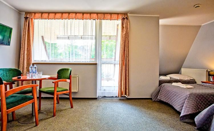 Obiekt szkoleniowo-wypoczynkowy Hotel Karolinka / 10