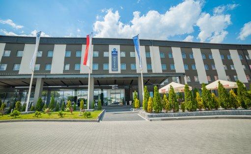 Hotel **** BEST WESTERN Efekt Express Kraków Hotel / 1