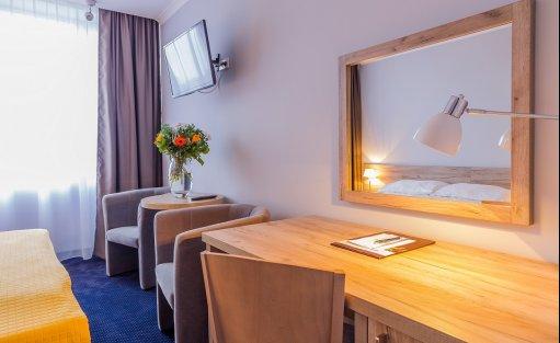 Hotel *** Hotel Belwederski / 11