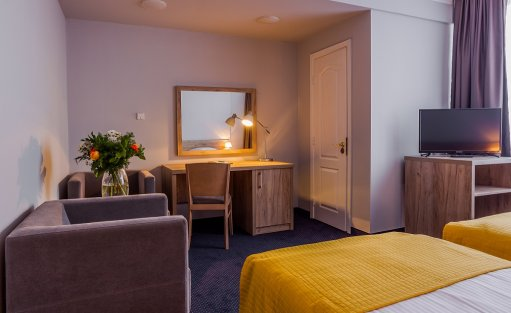 Hotel *** Hotel Belwederski / 3