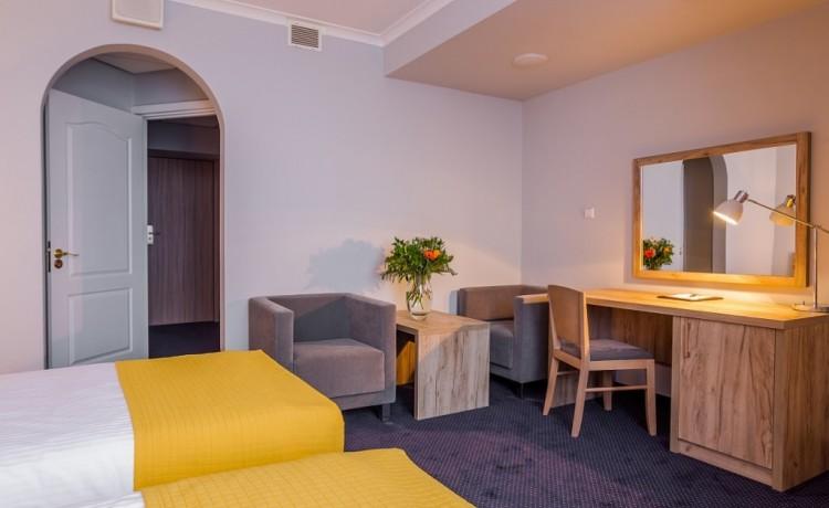 Hotel *** Hotel Belwederski / 2